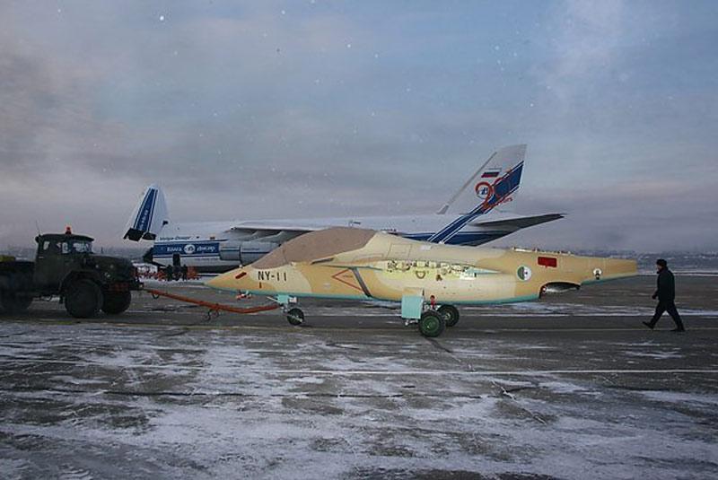 Самолеты Як-130 из первой