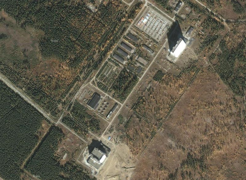 """Район размещения РЛС СПРН  """"Дарьял """" около п.Мишелевка недалеко от Усолья-Сибирского.  В тени приемной антенны РЛС..."""