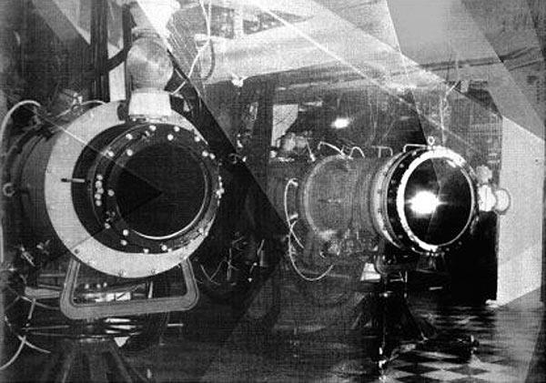 ...отказаться от взрывных ВФД-лазеров с двухкаскадной схемой (ВКР) с заменой их на электроразрядные ФД-лазеры.