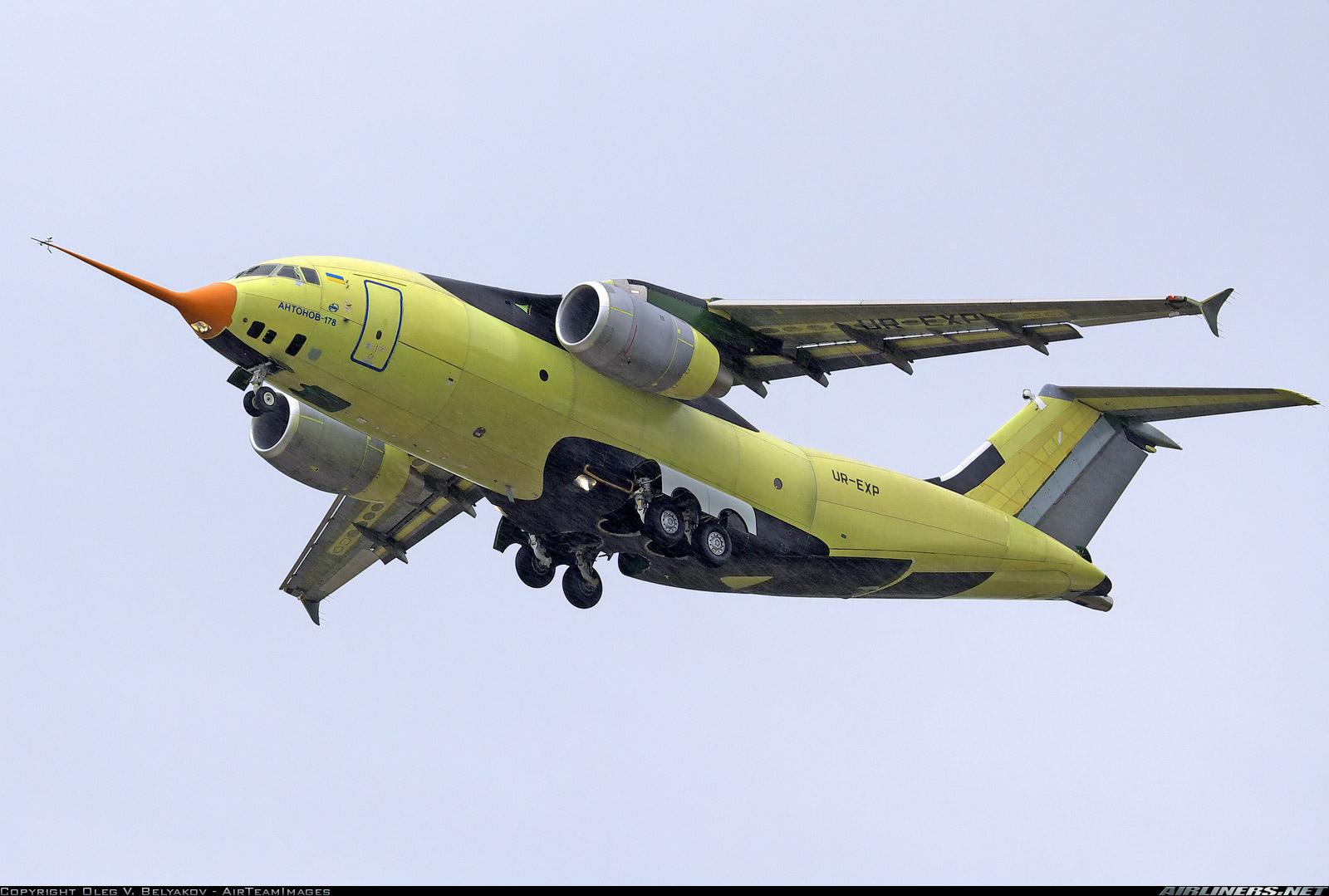 Украинская сделка века: Киев продал самолеты Ан-178 несуществующей компании